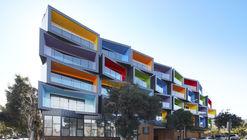 Spectrum Apartments  / Kavellaris Urban Design