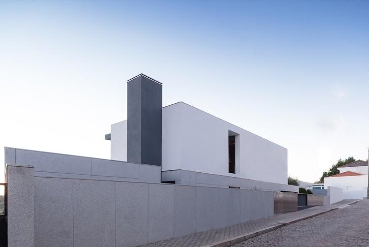 Casa em S. Félix da Marinha / Nelson Resende, © ITS – Ivo Tavares Studio