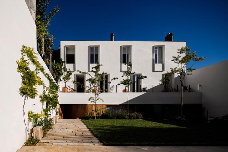 Guesthouse  in  Lisbon  / Pedro Domingos Arquitectos, © Fernando Guerra | FG+SG