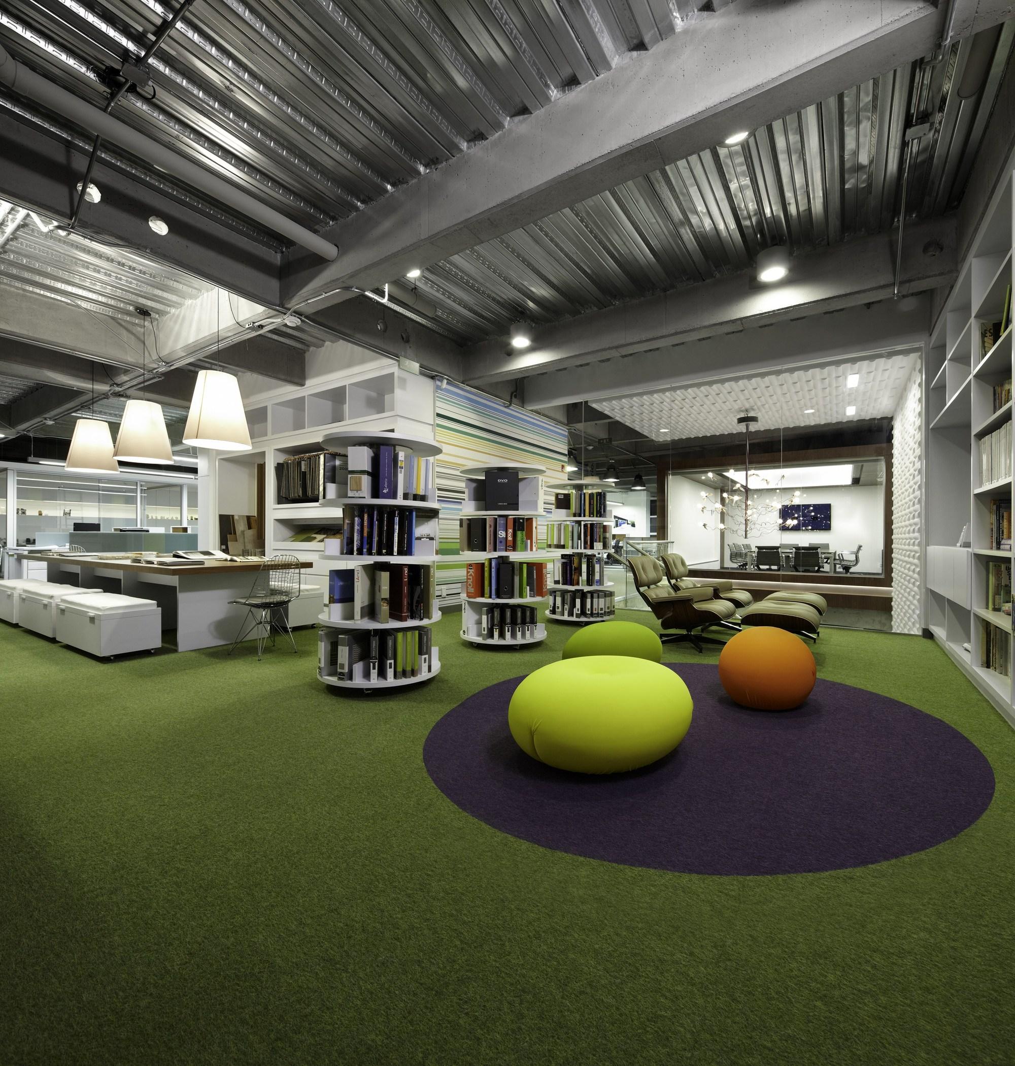 Aei Headquarters Aei Arquitectura E Interiores