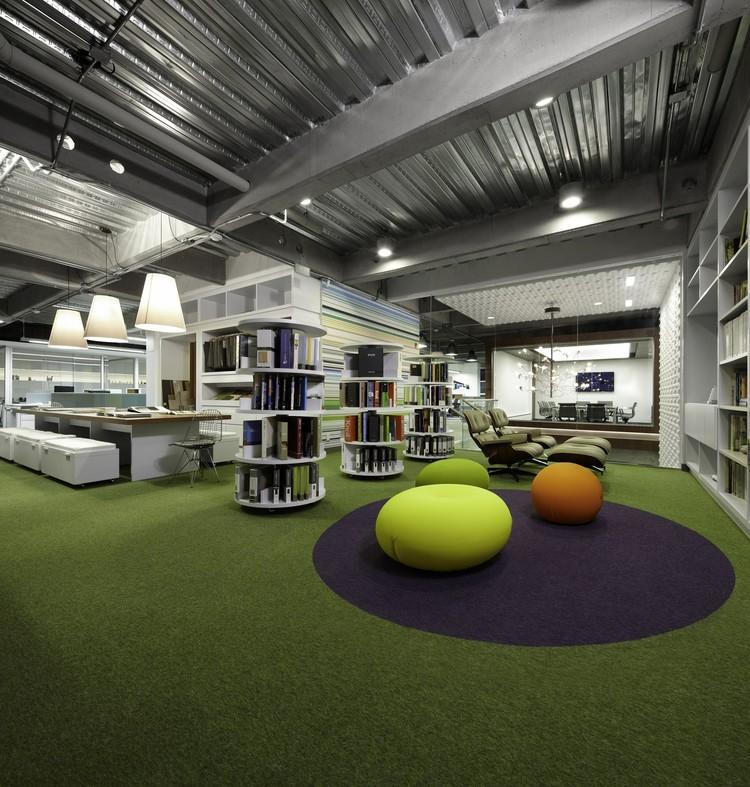 AeI Headquarters / AeI Arquitectura e Interiores, © Andrés Valbuena
