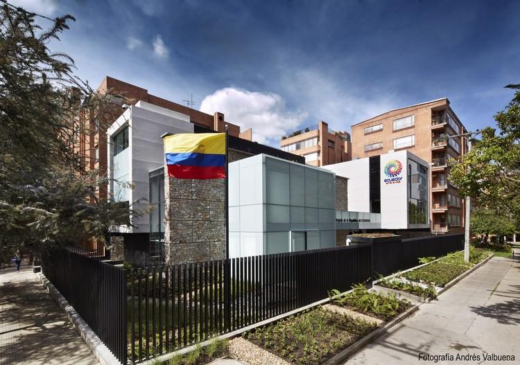 Embassy of Ecuador / Arquiteck & Asociados | ArchDaily