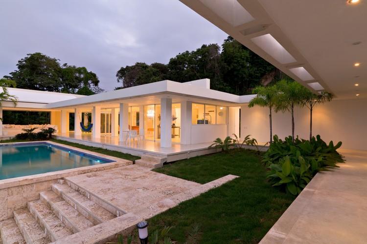 La Sabana House / C.H. Rannacher + Cristóbal Roig, © Javier Gonzales