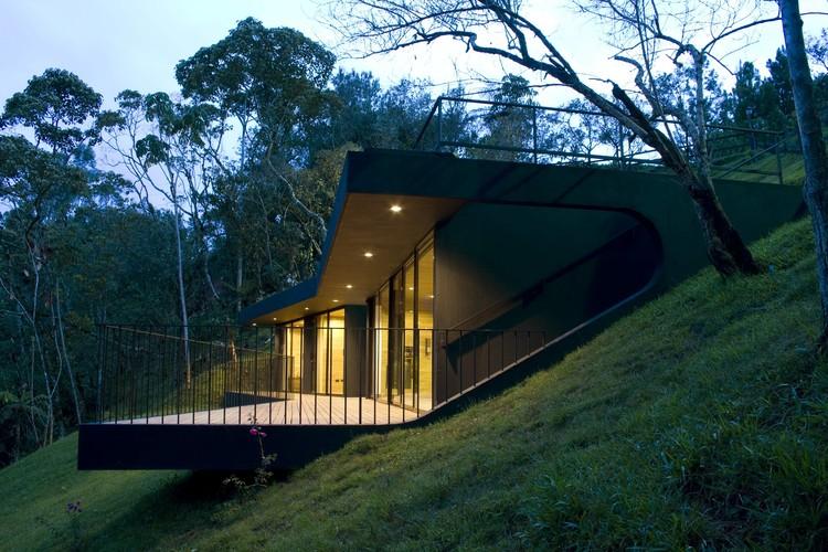 Refugios Ecologicos / G Ateliers, © Gustavo Valencia