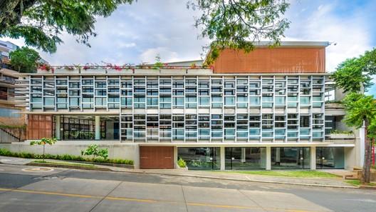 Edificio Spectra / Espacio Colectivo Arquitectos