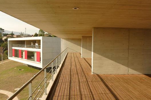 Parque Biblioteca León de Grieff / Giancarlo Mazzanti
