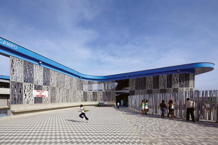 Institución Educativa Flor del Campo / Plan:b arquitectos + Giancarlo Mazzanti, © Cristobal Palma / Estudio Palma