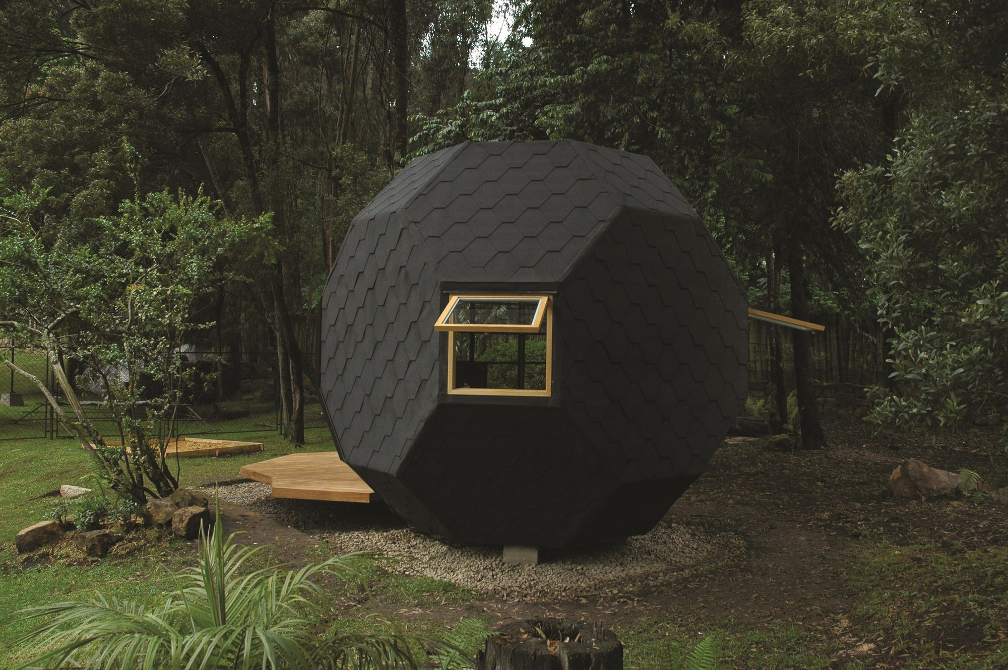 Poliedro habitable manuel villa arquitectos plataforma for Arquitectura de madera