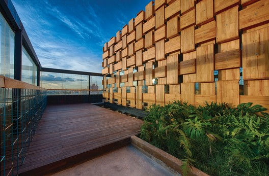 El Fabuloso / FMAS - Fidel Mendoza Estudio de Arquitectura + AR-AR (Martínez Arquitectura) + Colette Studio