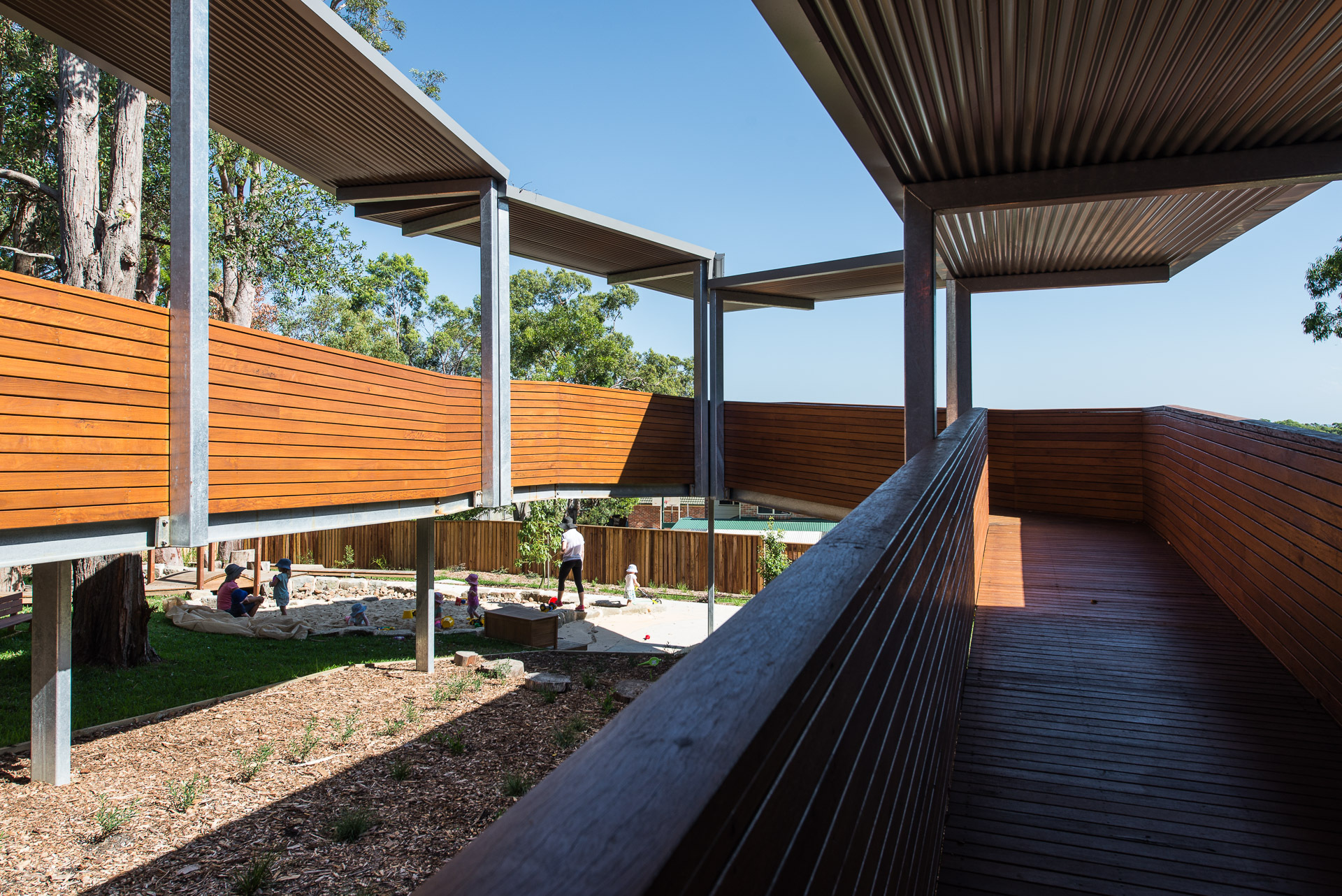 Garden Suburb Early Learning Centre / Bourne Blue