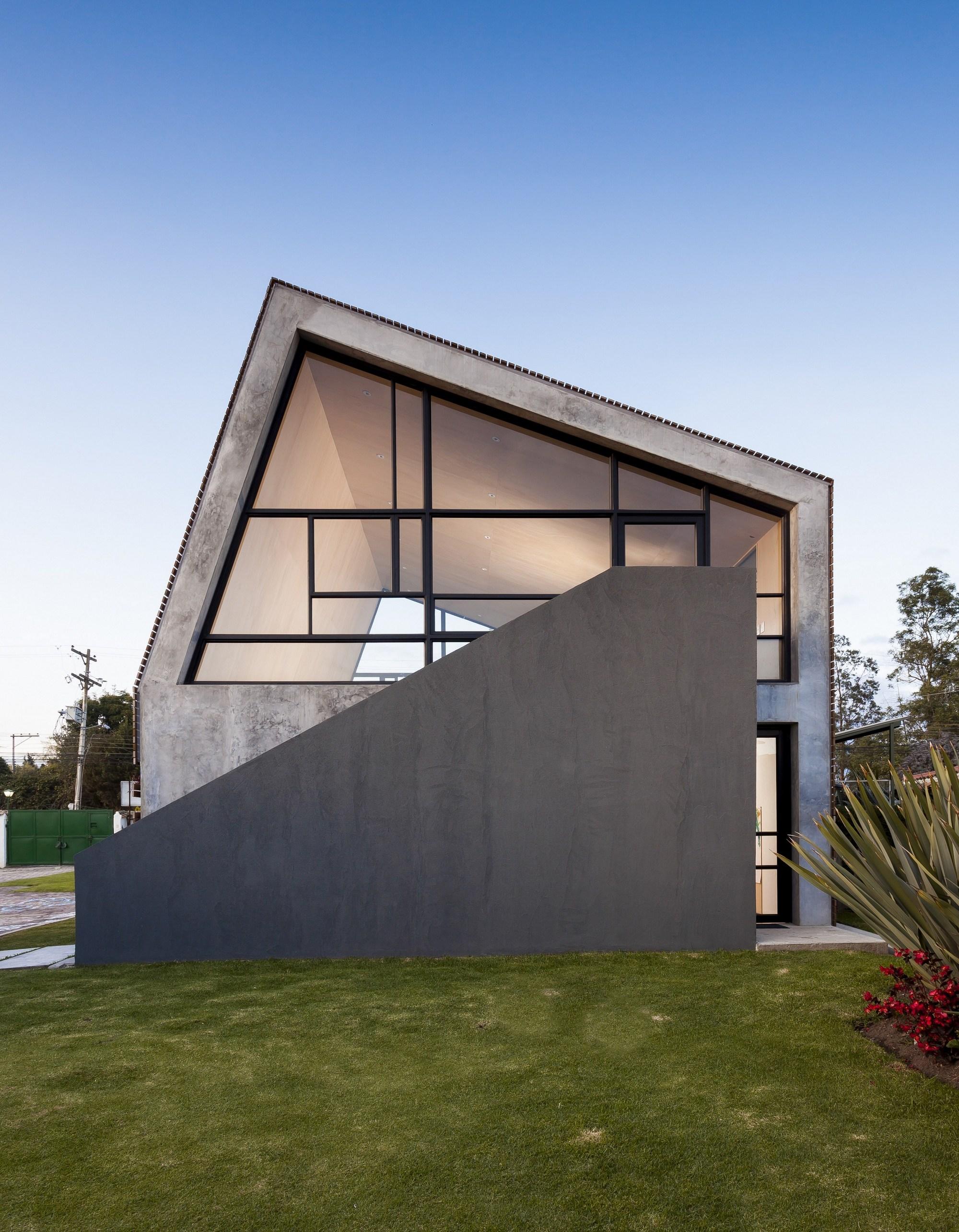 Galeria de a leroteca lacaja arquitectos 10 for Arquitectos colombianos