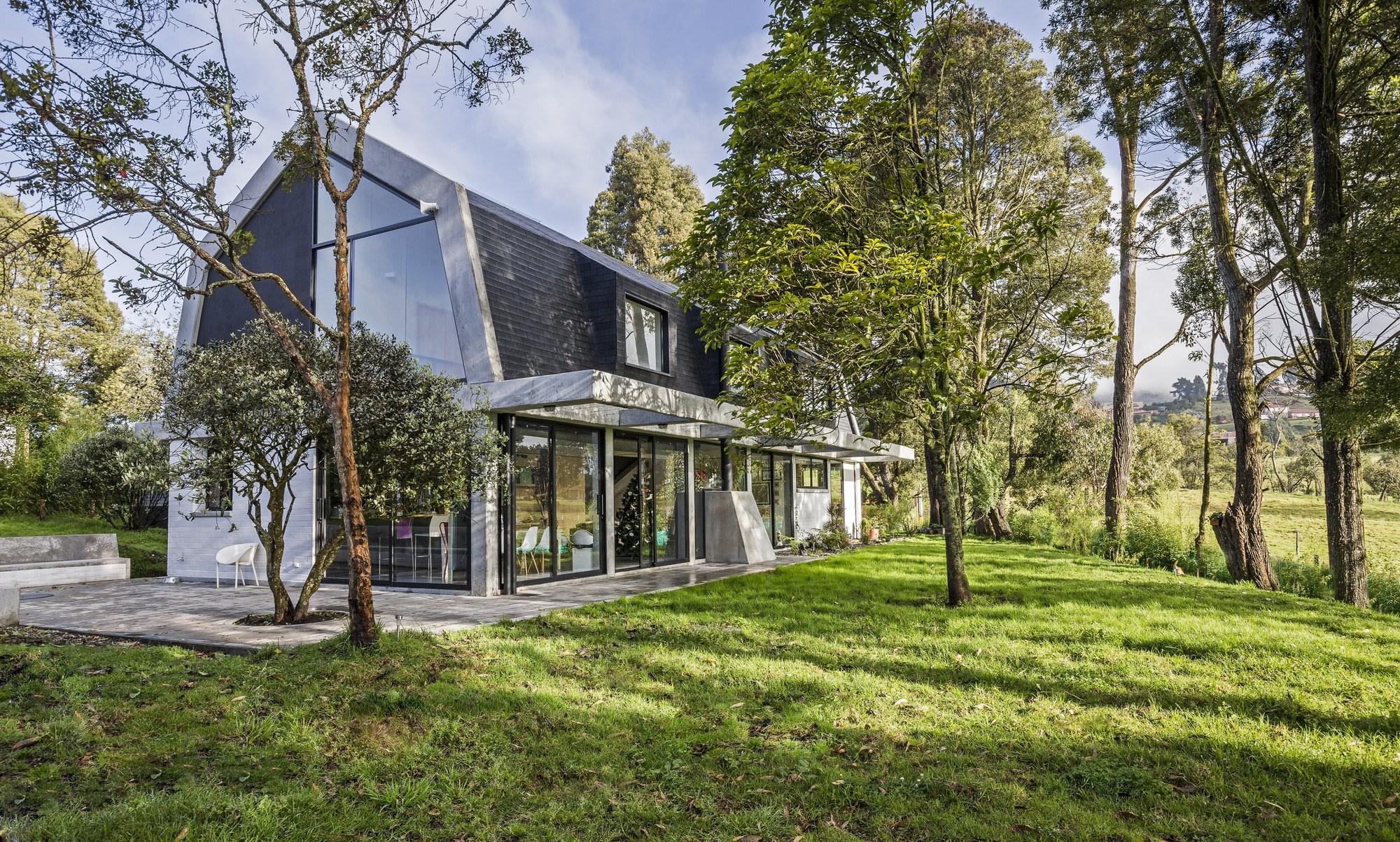 BO House / Plan B Arquitectos