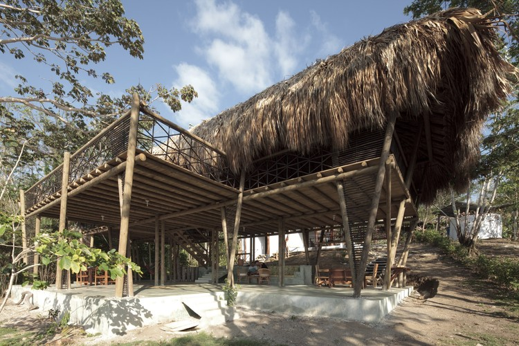 Casa en Río Cedro / Plan:b arquitectos, © Sergio Gómez