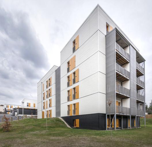 60 departamentos de vivienda social en Rive-De-Gier  / Tectoniques Architects