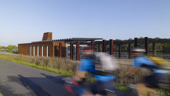 Armory Wharf  / Lahznimmo Architects