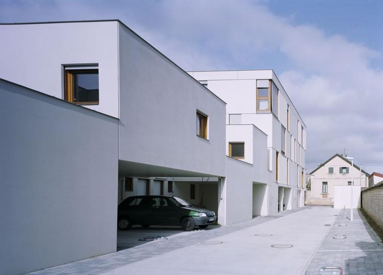 viviendas de hormig n en dijon ateliers o s architectes plataforma arquitectura. Black Bedroom Furniture Sets. Home Design Ideas