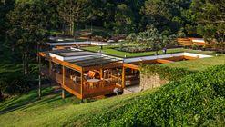 Casa Grelha / FGMF Arquitetos