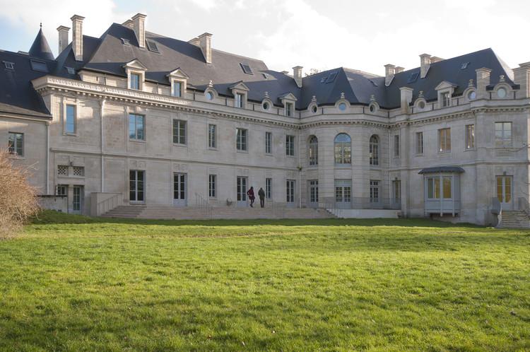Castillo de Lamorlaye  / Daniel Cléris & Jean-Michel Daubourg, Cortesía de Daniel Cléris & Jean-Michel Daubourg
