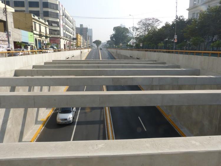 By-pass 28 de Julio en Lima: crónica de un proyecto que desarticula la ciudad, By-pass 28 de Julio. Image © Claudia Hiromoto