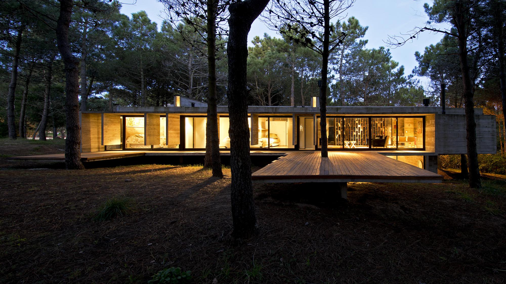 Modern House Designs Galer 237 A De Casa Valeria Bak Arquitectos 3
