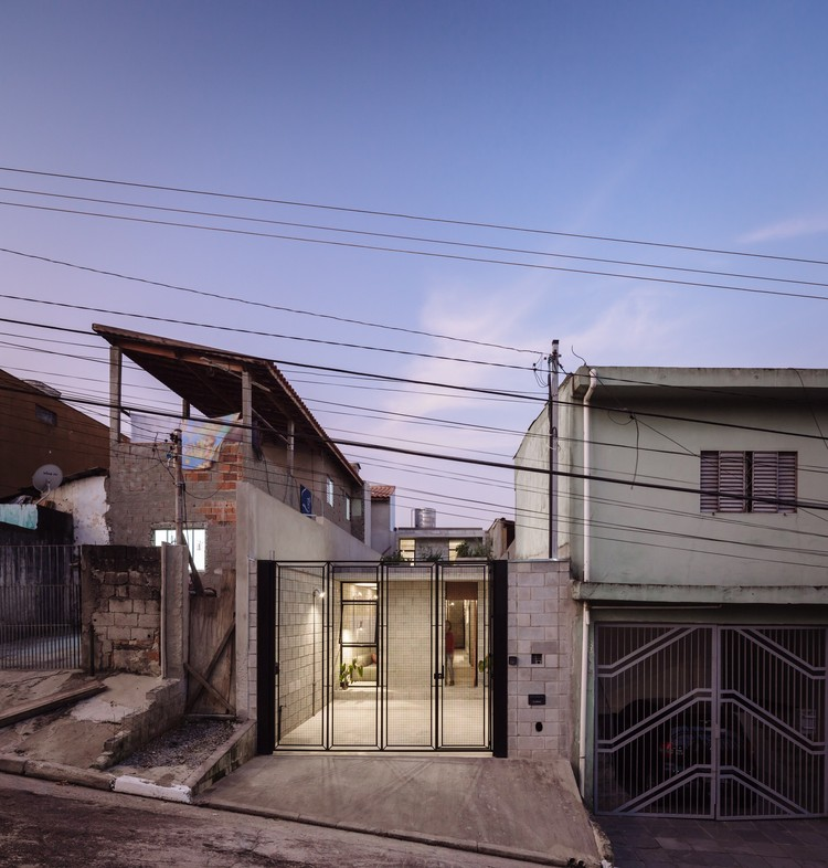 Casa en Vila Matilde / Terra e Tuma Arquitetos Associados, © Pedro Kok