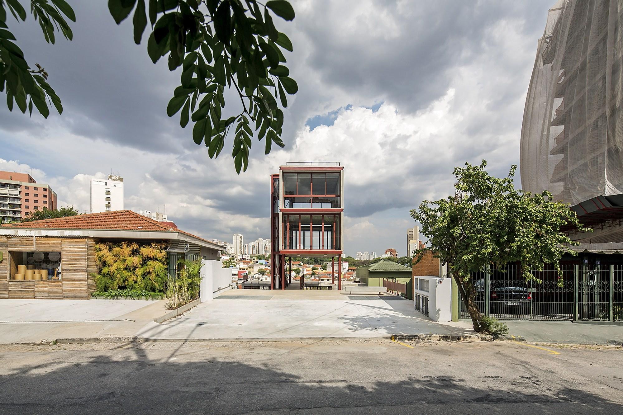 Studio Madalena / Apiacás Arquitetos