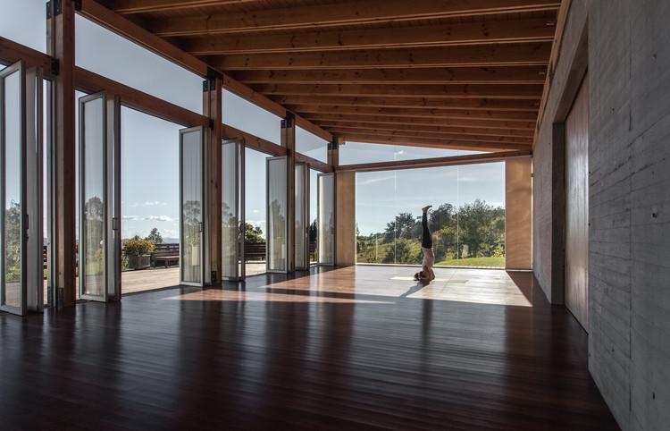 Estúdio para Yoga-Kamadhenu  / Carolina Echevarri  + Alberto Burckhardt , © Juan Cristobal Cobo