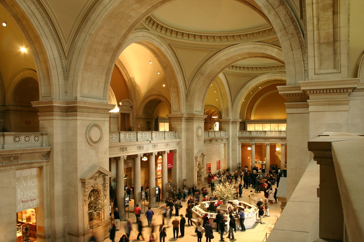 """Immerse Yourself in This New 360º Video of The Met's Great Hall, The Great Hall at the Metropolitan Museum in New York City. Image © """"Creative Commons Great Hall"""" by Jasmin Ramig is licensed under CC BY 2.0"""