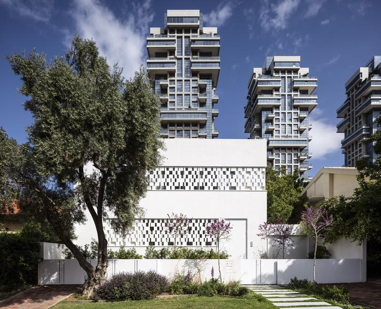 Casa Tel Aviv / Pitsou Kedem Architects, © Amit Geron