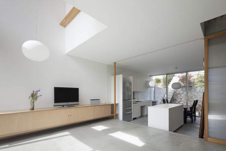 House in Midorigaoka  / Yutaka Yoshida Architect & Associates, © Tomohiro Sakashita