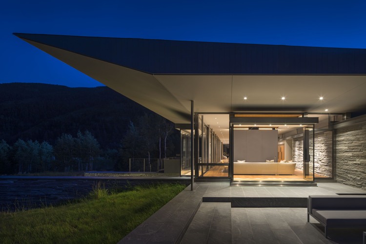 Independence Pass Residence  / Bohlin Cywinski Jackson, © Nic Lehoux