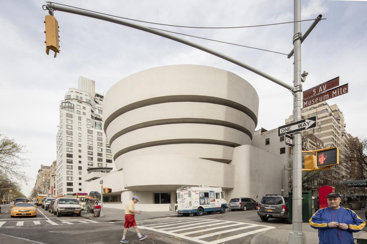 Museu Guggenheim de Nova Iorque pelas lentes de Laurian Ghinitoiu