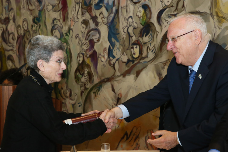 Phyllis Lambert Receives the 2016 Wolf Prize for the Arts in Israel, Phyllis Lambert receiving the Wolf Prize for the Arts, with Israeli President Reuven Rivlin. Image © Oded Antman