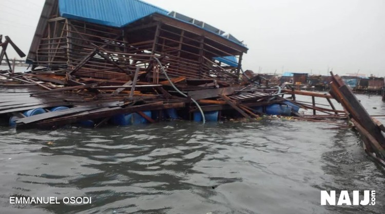 NLÉ's Makoko Floating School Reportedly Collapses Due to Heavy Rain, via NAIJ.com