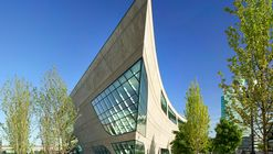Surrey City Centre Library / Bing Thom Architects