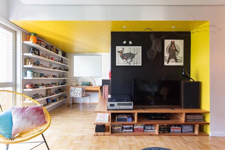 Apartamento Mostardeiro / Arquitetura Nacional, © Marcelo Donadussi