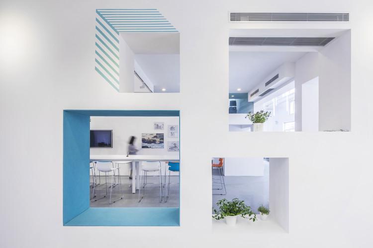 Beaver Workshop Office Space / MAT Office, © Kangshuo Tang