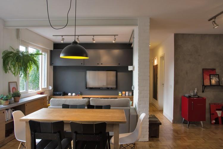 Apartamento Angustura / Daisy Homrich + Jéssica Kichler + Laura Azeredo + Renata Lui, © Carlos Edler