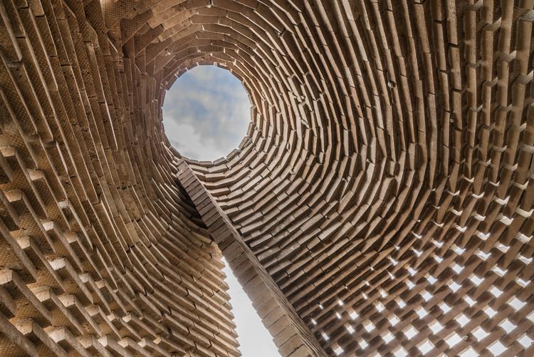 """Pavilhão """"The TrueTalker"""" do Studioninedots é inaugurado em Amsterdã, © Peter Cuypers"""