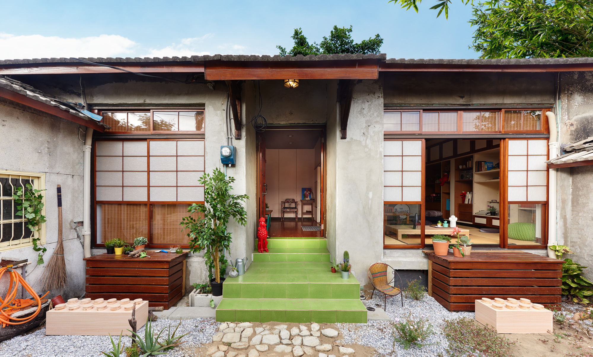 J y living experiment studio hao design archdaily for Korean house design pictures