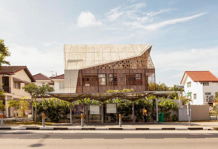 Llanura Siglap / Aamer Architects, © Sanjay Kewlani