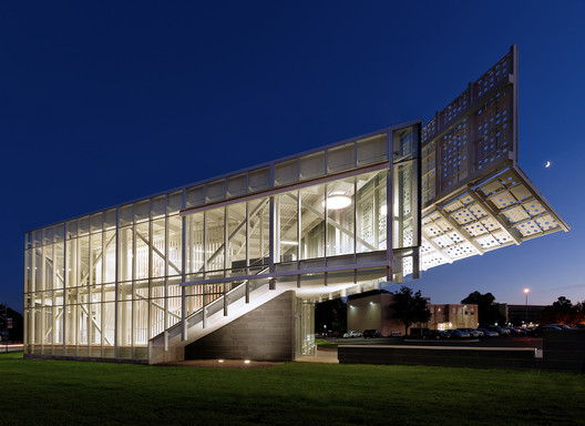 Centro de Boas-Vindas Davis-Harrington  / Dake | Wells Architecture