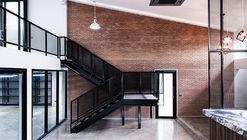 V-Office  / Scaleup Architects