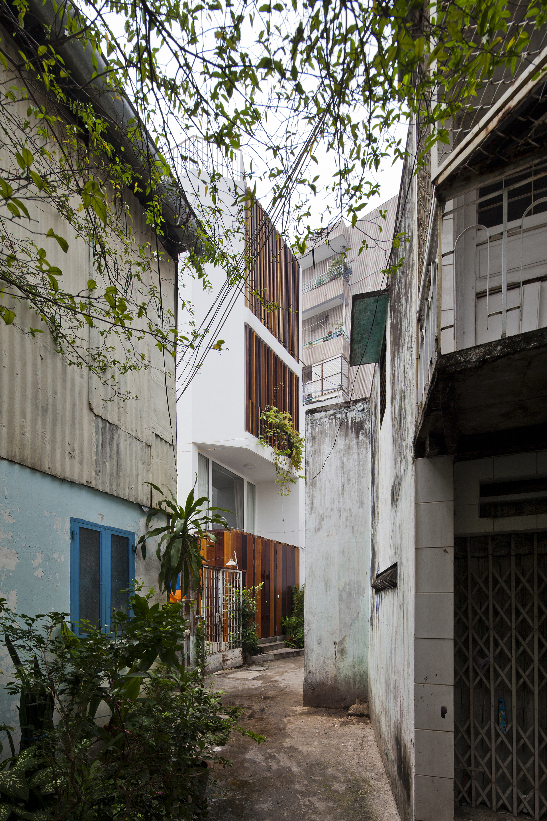 Micro Town House 4x8m / MM++ architects