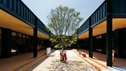 Jardín Infantil OA  / HIBINOSEKKEI  + Youji no Shiro