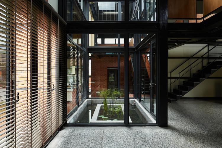 Spring House / W L A, © AKIRA Photography