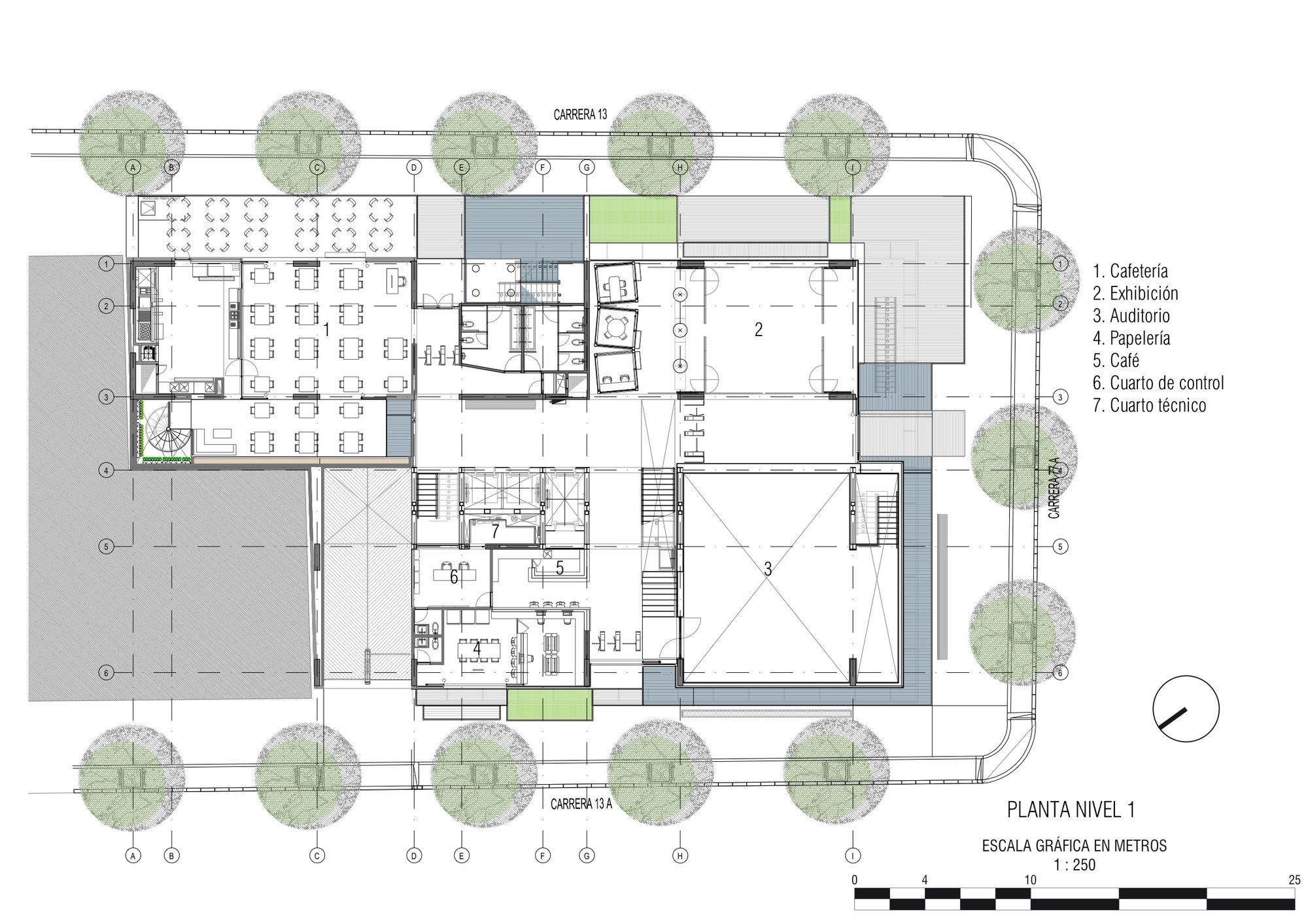 Galer a de escuela internacional de diseno y comercio for Plantas de colegios arquitectura