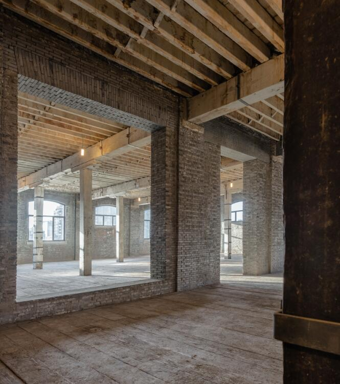 York Creek Apartments: Xintai Warehouse Renovation / Kokaistudios