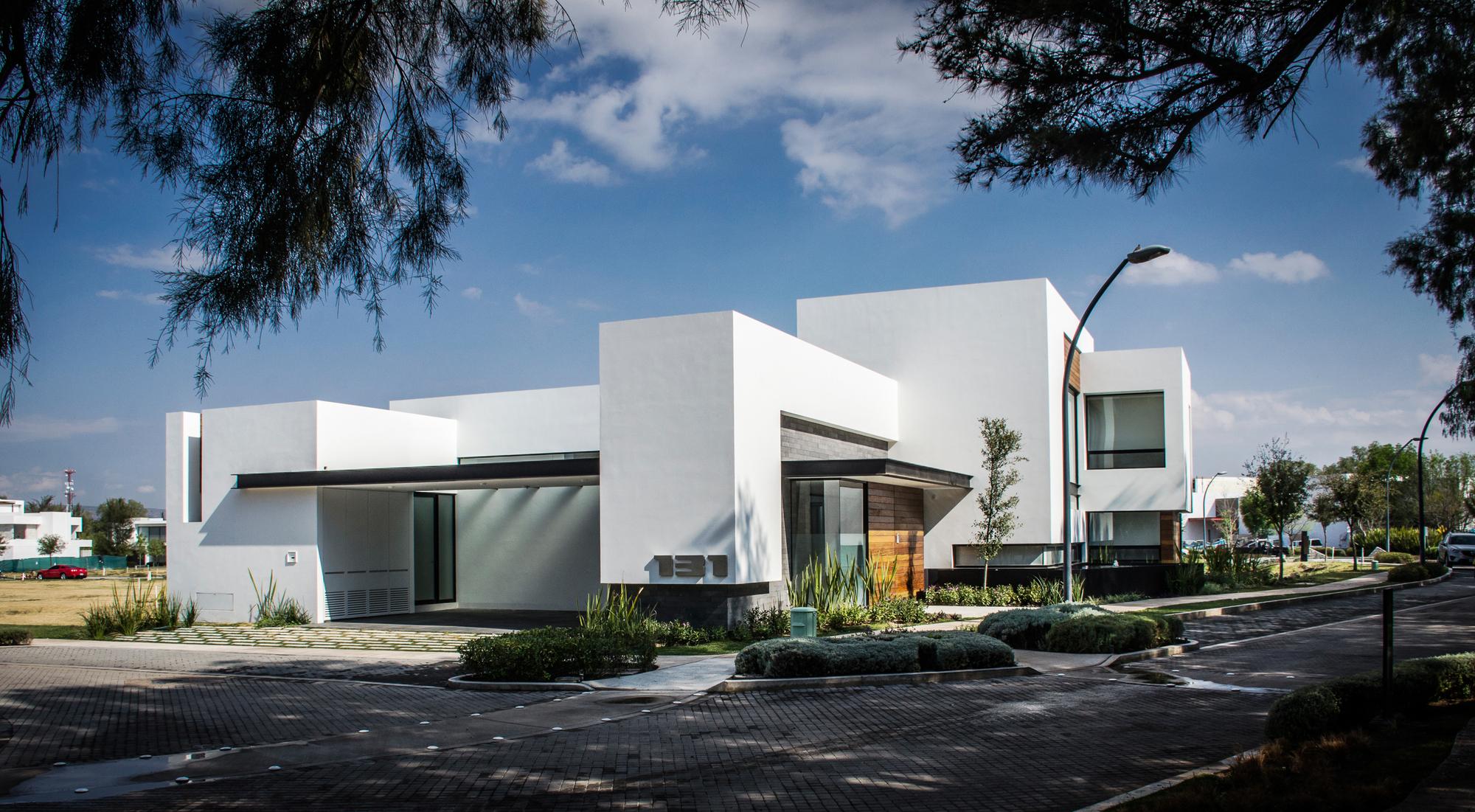 Galer a de casa agr adi arquitectura y dise o interior 4 for Arquitectura y diseno interior