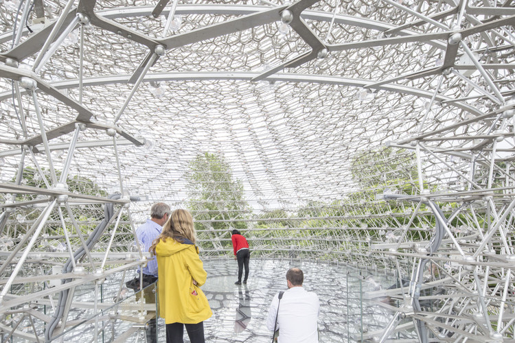 Gallery: Wolfgang Buttress' Relocated Expo Pavilion, The Hive, Photographed by Laurian Ghinitoiu, © Laurian Ghinitoiu